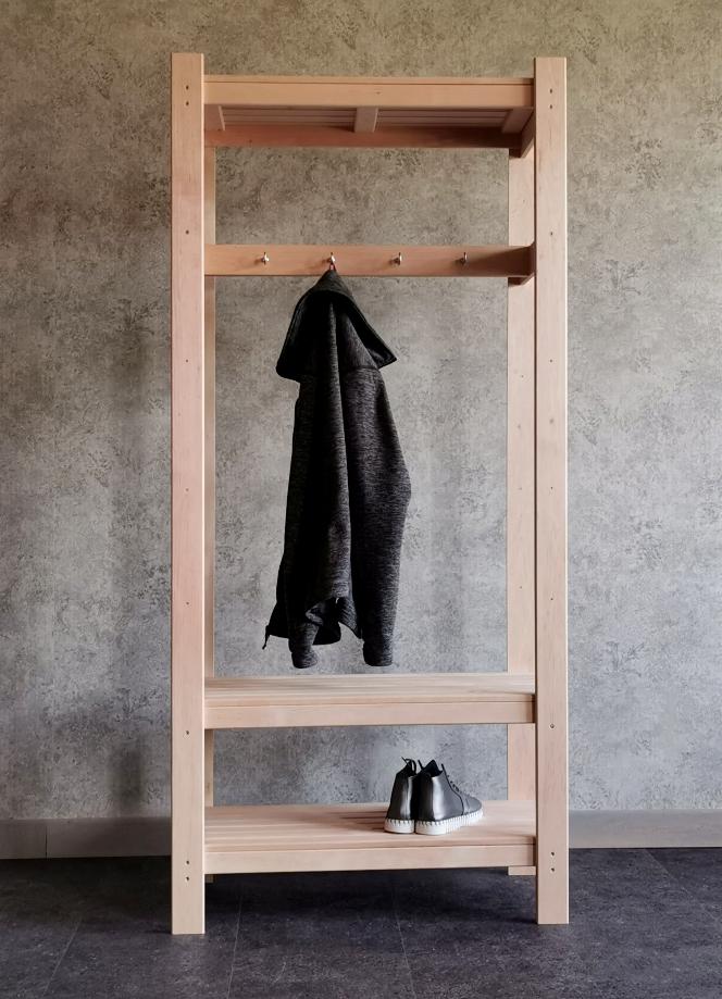 nagi, puidust nagi, riidenagi, riidestange, stange, põrandanagi